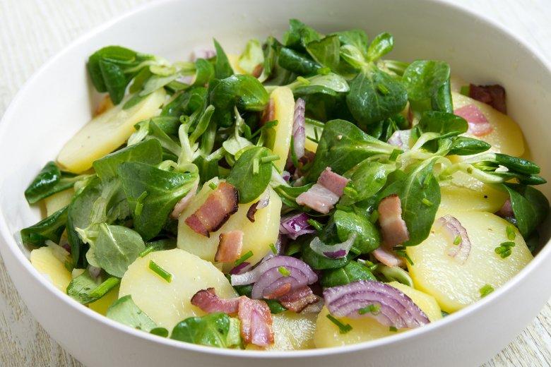 Kartoffelsalat mit Feldsalat