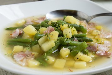 Bohnensuppe mit Speck