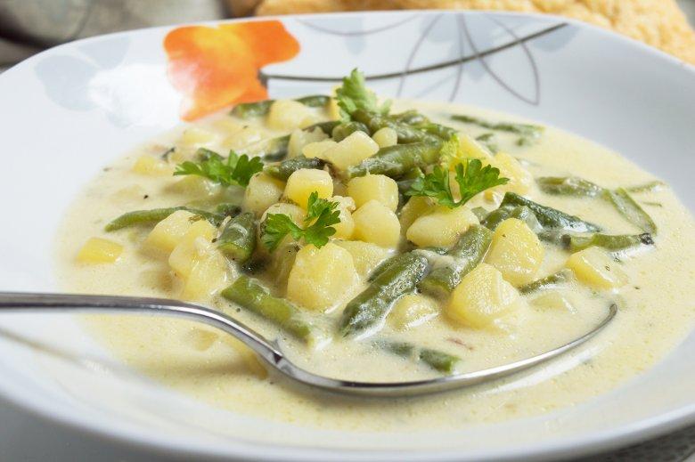 Bohnensuppe mit Sahne