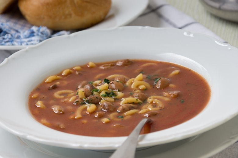 Neapolitanische Bohnensuppe