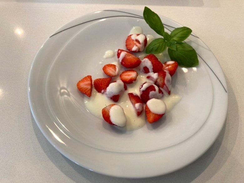 Einfacher Erdbeersalat