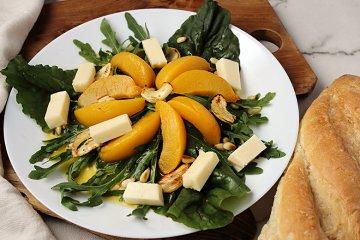 Mangoldsalat mit Mozzarella