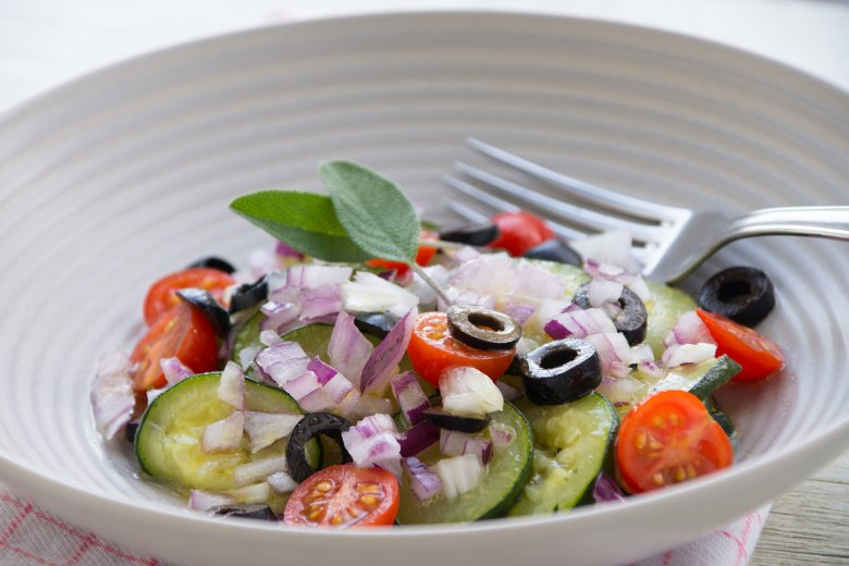 Mikrowellen-Zucchinisalat