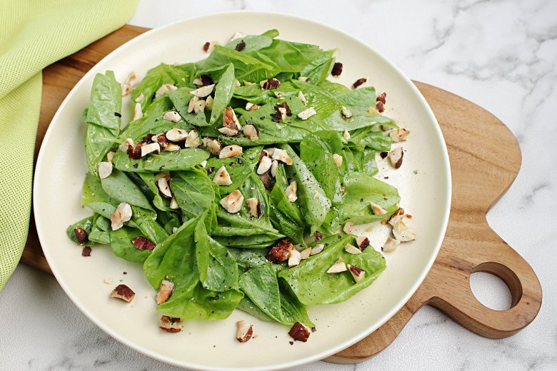 Einfacher Spinatsalat