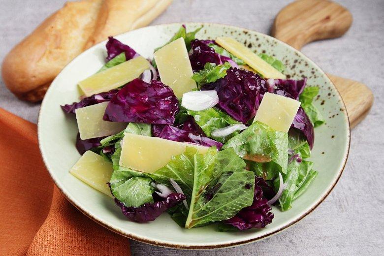 Spinatsalat mit Parmesan