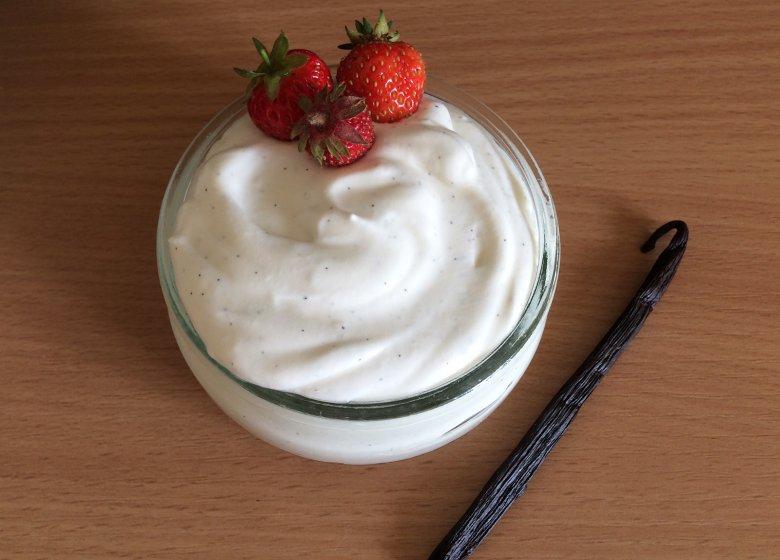 Vanille-Joghurtsauce