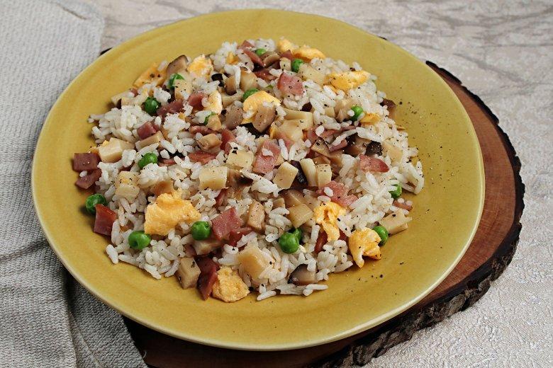 Japanisch gebratener Reis