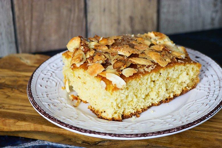 Mandel-Buttermilchkuchen