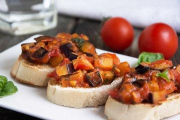 Tomatenragout mit Aubergine