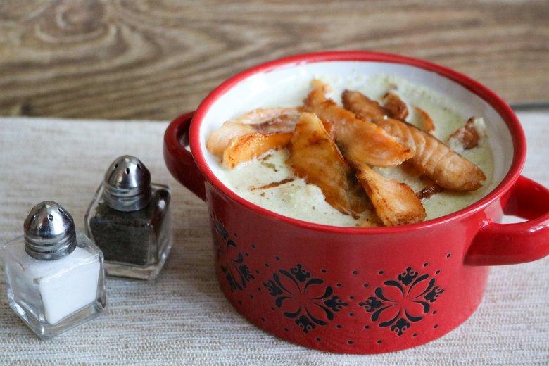 Blumenkohlsuppe mit Lachs