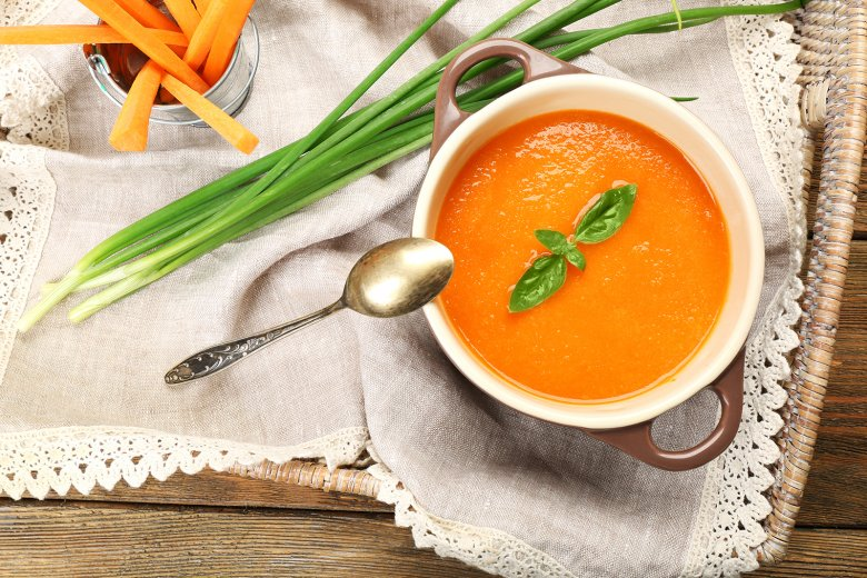 Karottencremesuppe mit Ingwer und Kokosmilch