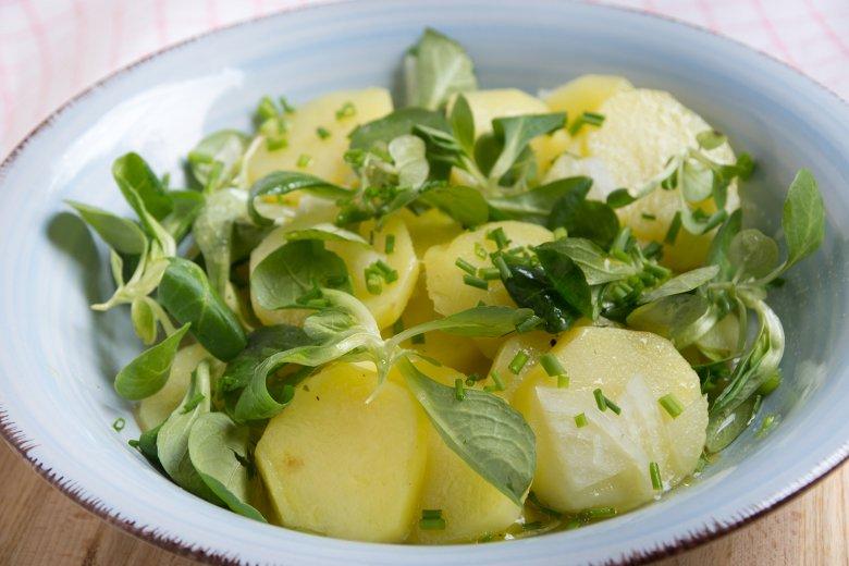 Feldsalat mit Kartoffeln
