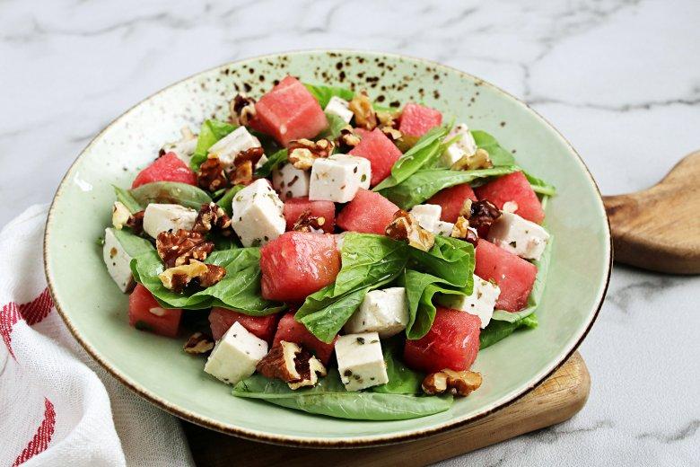 Melonensalat mit veganem Feta