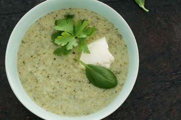 Frischkäse-Pastinaken-Suppe