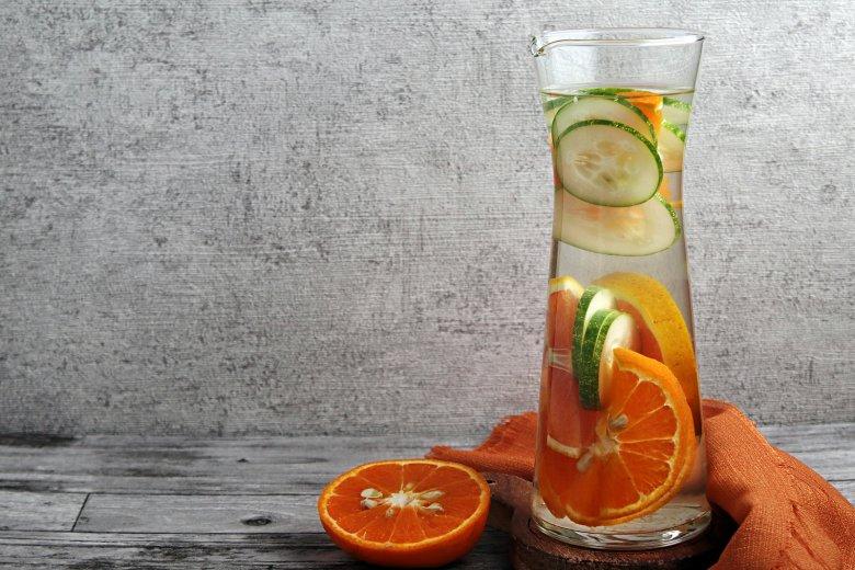 Gurken-Mandarinen-Wasser