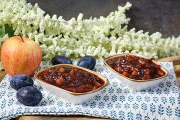 Pflaumenmarmelade mit Apfel