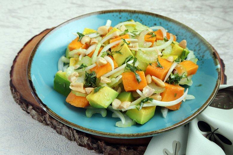 Thai-Salat mit Mango