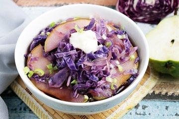 Rotkohlsuppe mit Birne