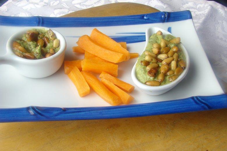 Kräuter-Pesto mit Ricotta