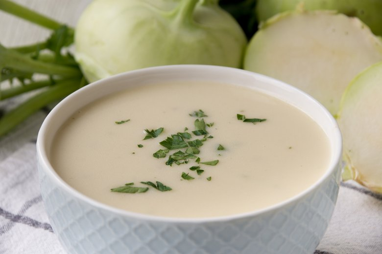 Pastinaken-Kohlrabi-Suppe