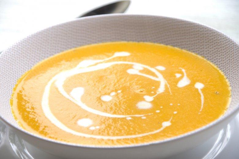 Vegane Bohnen-Möhren-Suppe