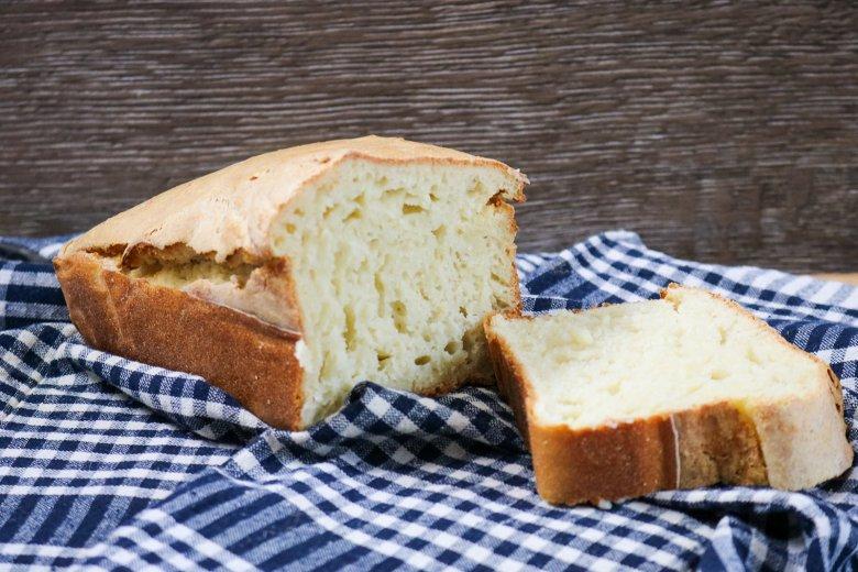 Einfaches Brot aus nur 4 Zutaten