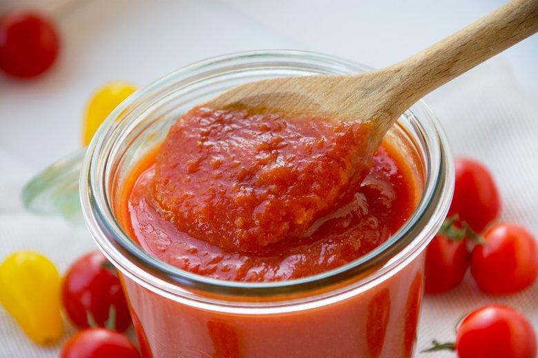 Omas Tomatenpüree