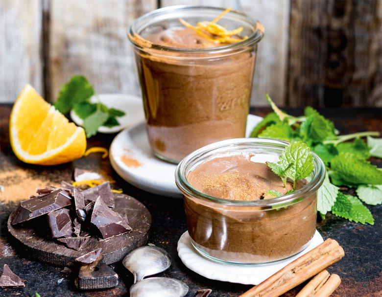 Keto-Mousse au Chocolat mit Bitterschokolade