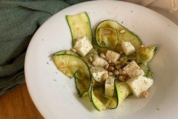Gegrillter Zucchinisalat