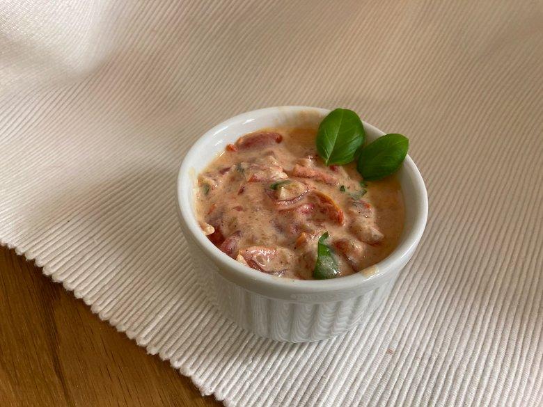 Tomaten-Joghurt-Sauce