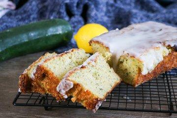 Zucchini-Mohn-Kuchen