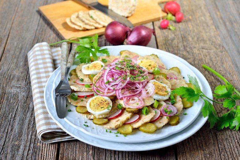 Bayerischer Knödelsalat