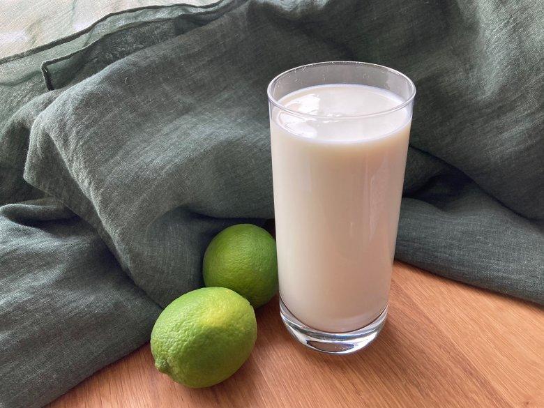 Weißer Mocktail
