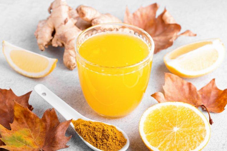 Ingwer Shot mit Orange, Kurkuma und Zitrone