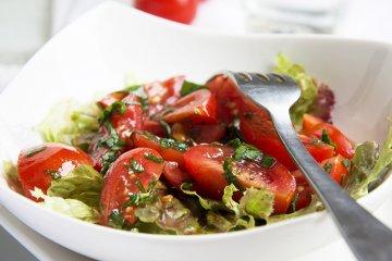 Tomatensalat mit Vinaigrette