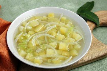 Fenchelsuppe mit Kartoffeln
