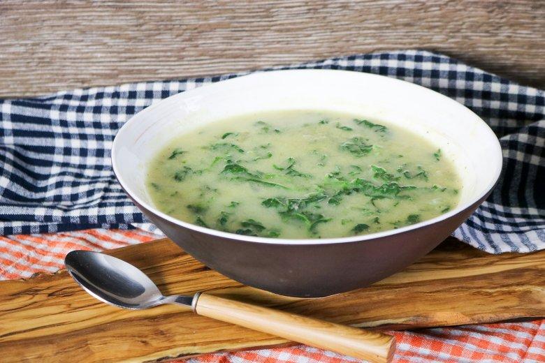 Spinat-Dinkel-Suppe