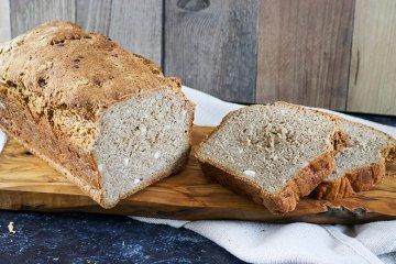 Advent-Dinkel-Brot