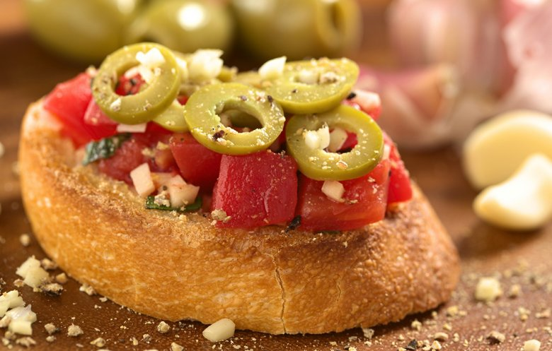 Bruschetta mit Oliven
