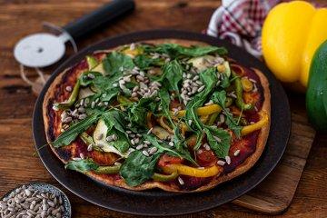 Vegane Gemüsepizza ohne Käse