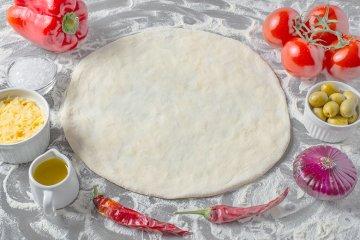Schneller Veganer Pizzateig