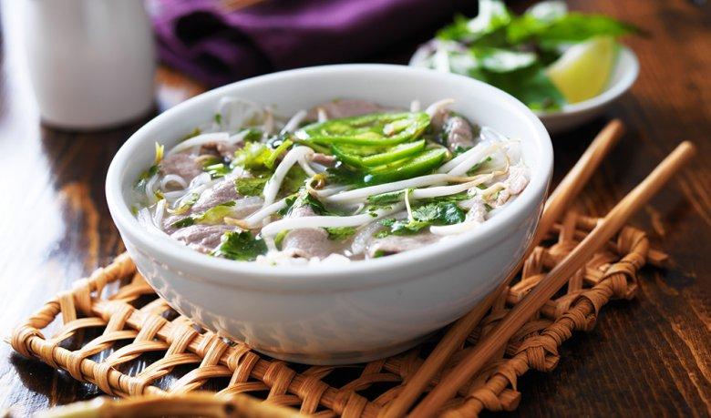 Nudelsuppe aus Vietnam