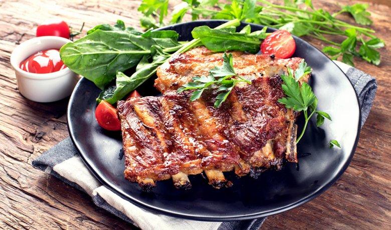 Rezept Spareribs Vom Gasgrill : So grillen sie spareribs im kugelgrill oder backofen
