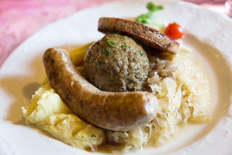 Pfälzer Teller - Saumagen, Leberknödel und Bratwurst