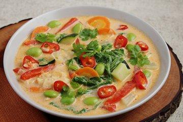 Thai-Curry mit Gemüse