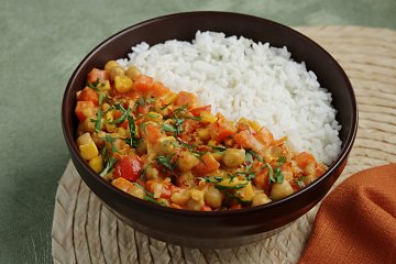Rotes Thai Curry mit Reis