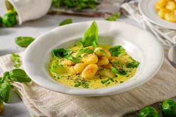 Gnocchi in Curry-Sauce