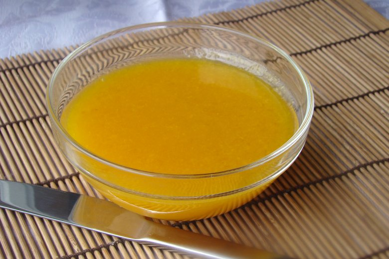 Pfirsichmarmelade mit Amaretto