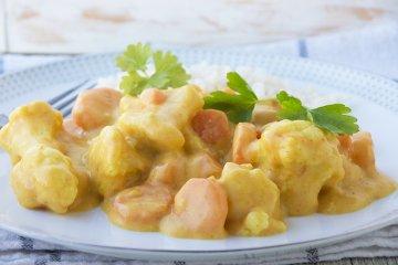 Blumenkohl-Curry mit Reis