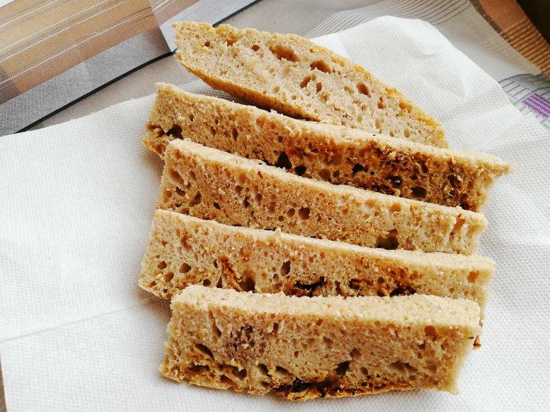 Low Carb Brot mit Quark und Mandelmehl